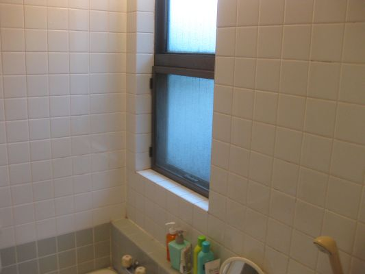 既存 浴室窓
